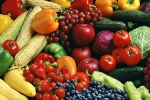 Οι τροφές που θα απογειώσουν τη διάθεσή σας στο δεύτερο lockdown