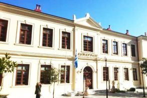73.279 στο Δήμο Βέροιας για εξόφληση υποχρεώσεων από δικαστικές αποφάσεις