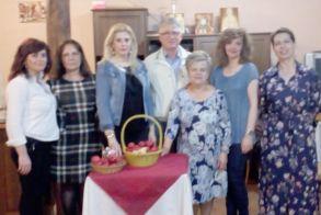 Τα τσούγκρισαν τα αυγά   οι γυναίκες του Συλλόγου Βλάχων Βέροιας