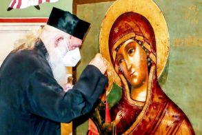 Εξιτήριο πήρε ο Αρχιεπίσκοπος «Θα υπερνικήσουμε τον εχθρό με τη βοήθεια του Θεού και της Επιστήμης»