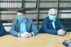 Δύο προκατασκευασμένοι οικίσκοι για τη διενέργεια τεστ κορονοϊού στα νοσοκομεία Νάουσας και Βέροιας