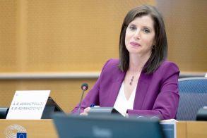 Άννα Μισέλ Ασημακοπούλου: «Οι Σύνοδοι των G7 και ΕΕ-ΗΠΑ αποτελούν ευκαιρία για να αποδείξει η Ε.Ε. ότι μπορεί να ηγηθεί στην μετά-Covid, νέα κανονικότητα»
