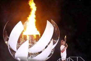Άναψε χθες η Φλόγα των 32ων Ολυμπιακών Αγώνων στο Τόκυο, με άδειο στάδιο, εν μέσω πανδημίας