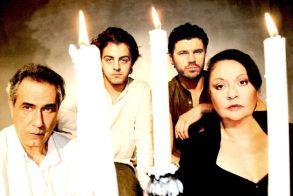 Η θεατρική παράσταση « Με τη Σιωπή » του Αλεχάντρο Κασόνα, σε  online  streaming