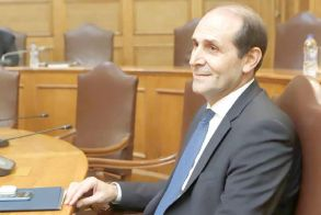 Ο Σύνδεσμος Γουνοποιών Καστοριάς   ευχαριστεί τον Απ. Βεσυρόπουλο