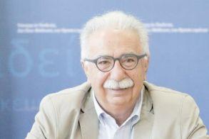 Μόνιμους διορισμούς 15.000 εκπαιδευτικών σε βάθος τριετίας ανακοίνωσε ο Υπουργός Παιδείας Κ. Γαβρόγλου