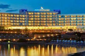 2 νέα συνεργαζόμενα ξενοδοχεία στο Πόρτο Χέλι για τα Linα΄s exclusive jewels και μια νέα υπογραφή...