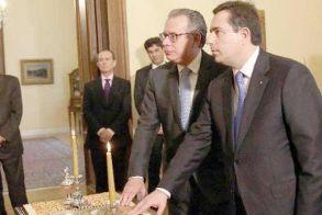 Ορκίστηκαν χθες ο νέος υπουργός Μετανάστευσης και Ασύλου Ν. Μηταράκης και ο νέος αναπληρωτής υπουργός Γ. Κουμουτσάκος