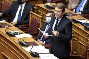 Χρυσοχοΐδης για τον φυγόποινο Χρήστο Παππά: Δεν μπορούμε να παραβούμε κανόνες κράτους δικαίου