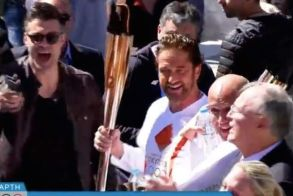 Κορωνοϊός: Διακόπτεται η λαμπαδηδρομία της Ολυμπιακής Φλόγας στην Ελλάδα