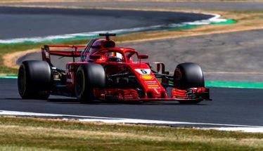 British GP-Silverstone| Περίπατος Sebastian Vettel & Ferrari στο σπίτι του Hamilton….