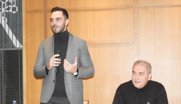 Οργανώνεται με «καθαρό» μητρώο μελών και νέους πολιτικούς στόχους το ΚΙΝΑΛ – ΠαΣοΚ - Ομιλία και κοπή πίτας στη Βέροια από τον Μ. Χριστοδουλάκη