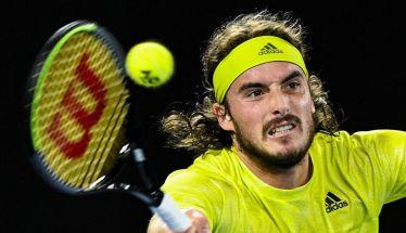 Τσιτσιπάς: Aποκλεισμός από τον Μεντβέντεφ με 3-0 σετ, στα ημιτελικά του Australian Open