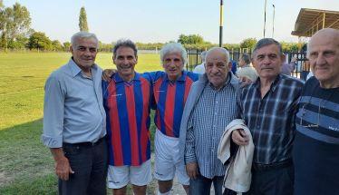 Ισόπαλο 2-2 έληξε το φιλικό μεταξύ των παλαιμάχων της Βέροιας και του Αρη Θ.