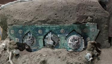 Τεράστια ανακάλυψη στην Πομπηία! Άθικτο ρωμαϊκό άρμα - Δείτε φωτογραφίες