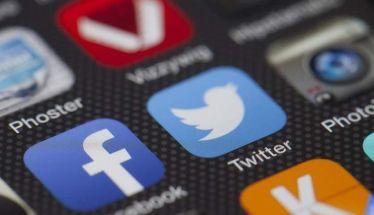 Ανεπαρκής οι ενέργειες Google, Facebook και Τwitter κατά της παραπληροφόρησης