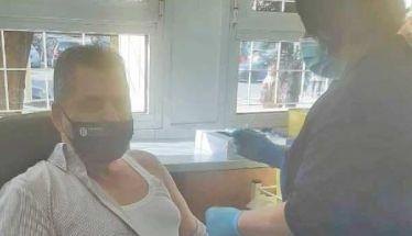 Εμβολιάστηκε χθες στην Έδεσσα ο αντιπεριφερειάρχης Κώστας Καλαϊτζίδης