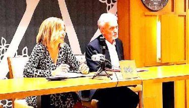 Τους φίλους του αναγνώστες στη Βέροια συνάντησε ο συγγραφέας Γιάννης Καλπούζος