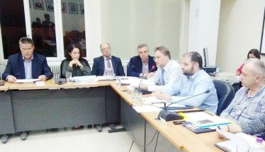 Στο χθεσινό Δημοτικό Συμβούλιο Νάουσας - Κατά πλειοψηφία ο ισολογισμός του Δήμου για το 2017