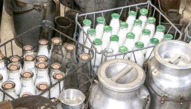Ελέγχους στην αλυσίδα του γάλακτος εξήγγειλε ο Βαγ. Αποστόλου