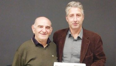 Ο Μιχάλης Πατσίκας  με τον Μιχάλη Πατσίκα  στα γραφεία του ΛΑΟΥ