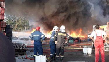 Μεγάλη δύναμη της Πυροσβεστικής Υπηρεσίας Βέροιας για την   κατάσβεση φωτιάς σε διαλογητήριο, με υλικές μόνο ζημιές