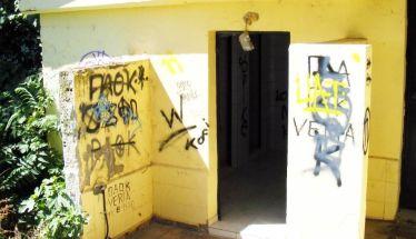 Έναν χρόνο μετά ρωτάμε πάλι για τις δημόσιες τουαλέτες
