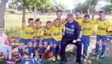 Η προπονητική ομάδα της ΑΕΠ Βέροιας με επικεφαλής τον Στεφ Γαιτάνο
