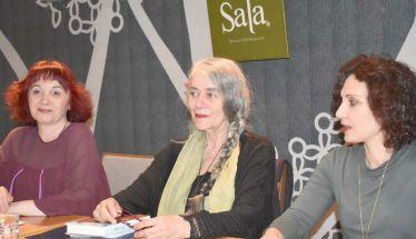 Μια εκδήλωση οικειότητας και ζεστασιάς από τις «χίλιες ανάσες» της Ι. Καρυστιάνη και την  παρουσία του Π. Βούλγαρη