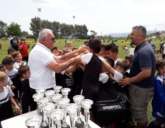 Έχει μέλλον το ποδόσφαιρο στην Ημαθία . Μεγάλη επιτυχία το τουρνουά ακαδημιών που διοργάνωσε στην Πατρίδα ο σύλλογος