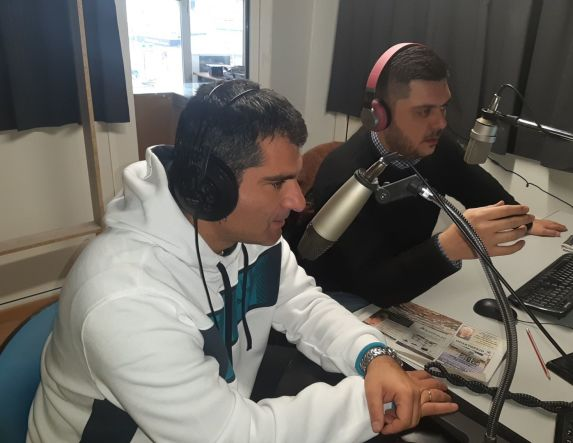 «Λαϊκά & Αιρετικά» (18/1): Τηλεφωνική επικοινωνία με Κ. Χατζηδάκη, οι  ρυθμοί… συλλαλητηρίου σε Βέροια και Αθήνα