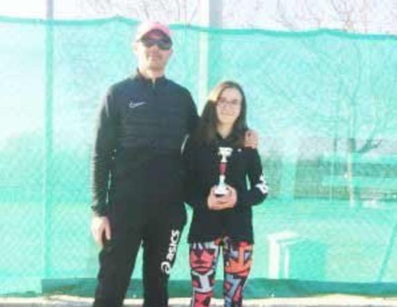 2η θέση για την Ανθή Μανωλοπούλου του Ομίλου Αντισφαίρισης Αλέξανδρος Βέροιας στο Ε3 τουρνουά στα Γιαννιτσά