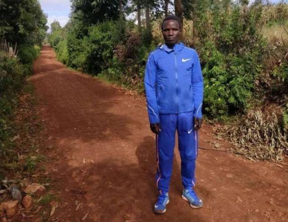 Προπόνηση του Κενυάτη Amos Coech Limakori στο ΔΑΚ Δ. Βικέλας στο Μακροχώρι