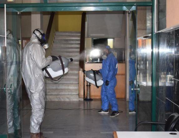 Εντατικοί καθαρισμοί και απολυμάνσεις σε δημόσια κτίρια του Δήμου Αλεξάνδρειας