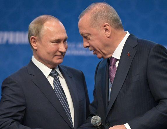 Ορθόδοξες… αποστάσεις από τη Ρωσία για την Αγιά Σοφιά!