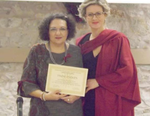 ''Η κυρία τσαγερό'' στο Πολιτιστικό Κέντρο Τριλόφου