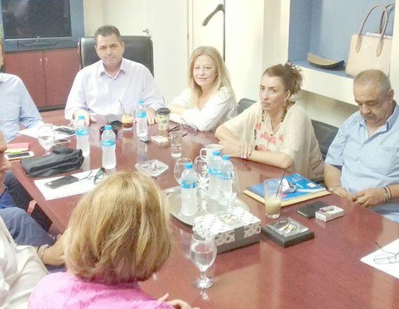 Σύσκεψη για τα μείζονα προβλήματα στις σχολικές μεταφορές της Ημαθίας