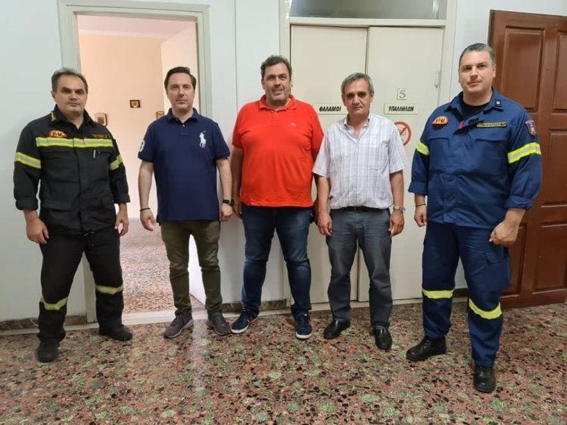 Eπίσκεψη  Δημάρχου Νικόλα Καρανικόλα στην Πυροσβεστική Υπηρεσία Νάουσας