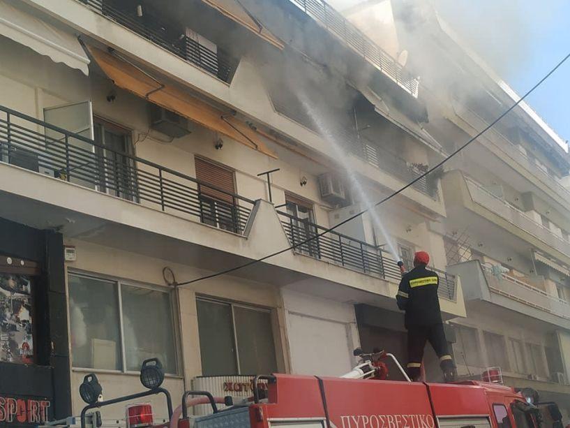 Βραχυκύκλωμα η αιτία της πυρκαγιάς σε διαμέρισμα στο κέντρο της Βέροιας;