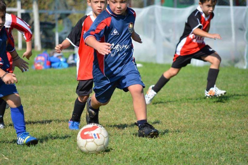 Ακαδημία Ποδοσφαίρου Βέροιας: Δώσε πάσα στην αγάπη
