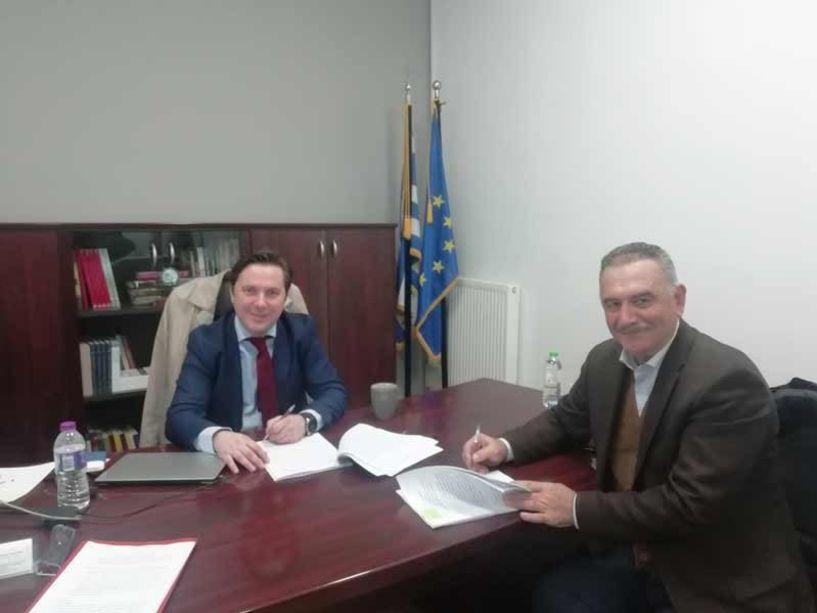 Υπεγράφη η σύμβαση του έργου ανάπλασης της πλατείας Κοπανού - Ν. Καρανικόλας: