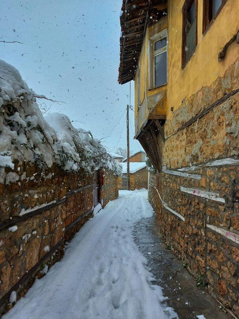 Οδοιπορικό στην χιονισμένη Βέροια του Αγίου Βαλεντίνου (Εικόνες)