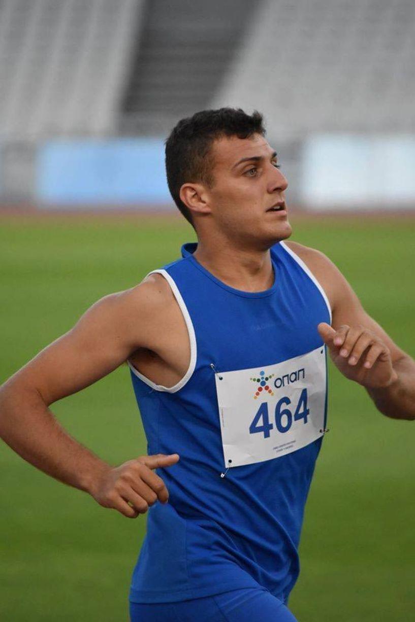 Ο Νίκος Τουλίκας τρέχει στον 7ο Ημιμαραθώνιο της Αθήνας την Κυριακή 18 Μαρτίου.