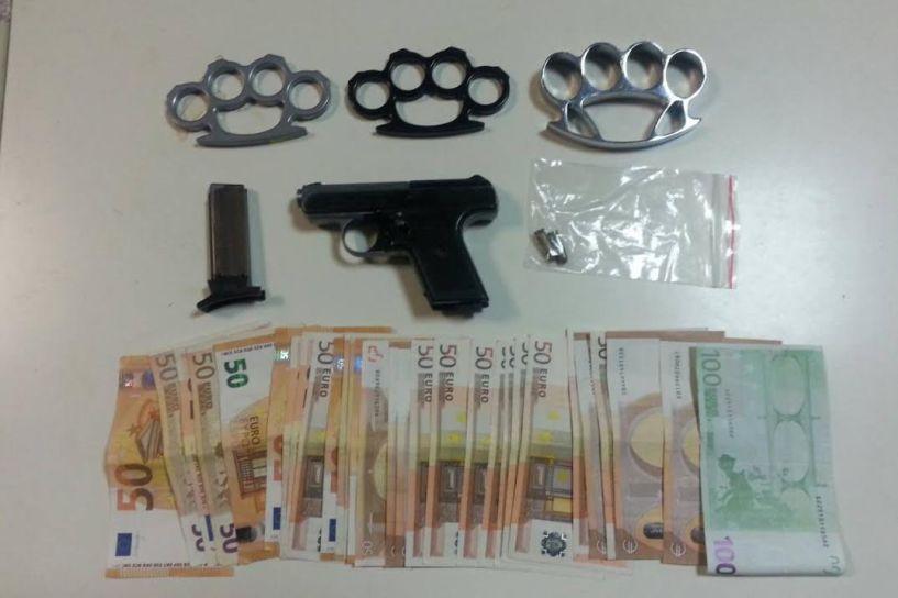 Σύλληψη δύο αδελφών αλβανικής καταγωγής για διακίνηση 38 κιλών κάνναβης
