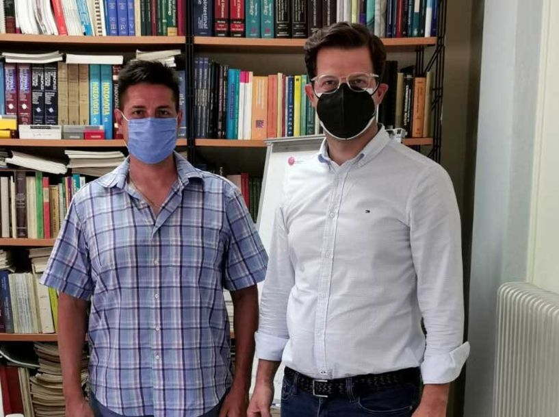 Άγγ. Τόλκας από το Νοσοκομείο Νάουσας: Καλούμε τους πολίτες να παραβλέψουν τα λάθη της κυβέρνησης και να εμβολιαστούν