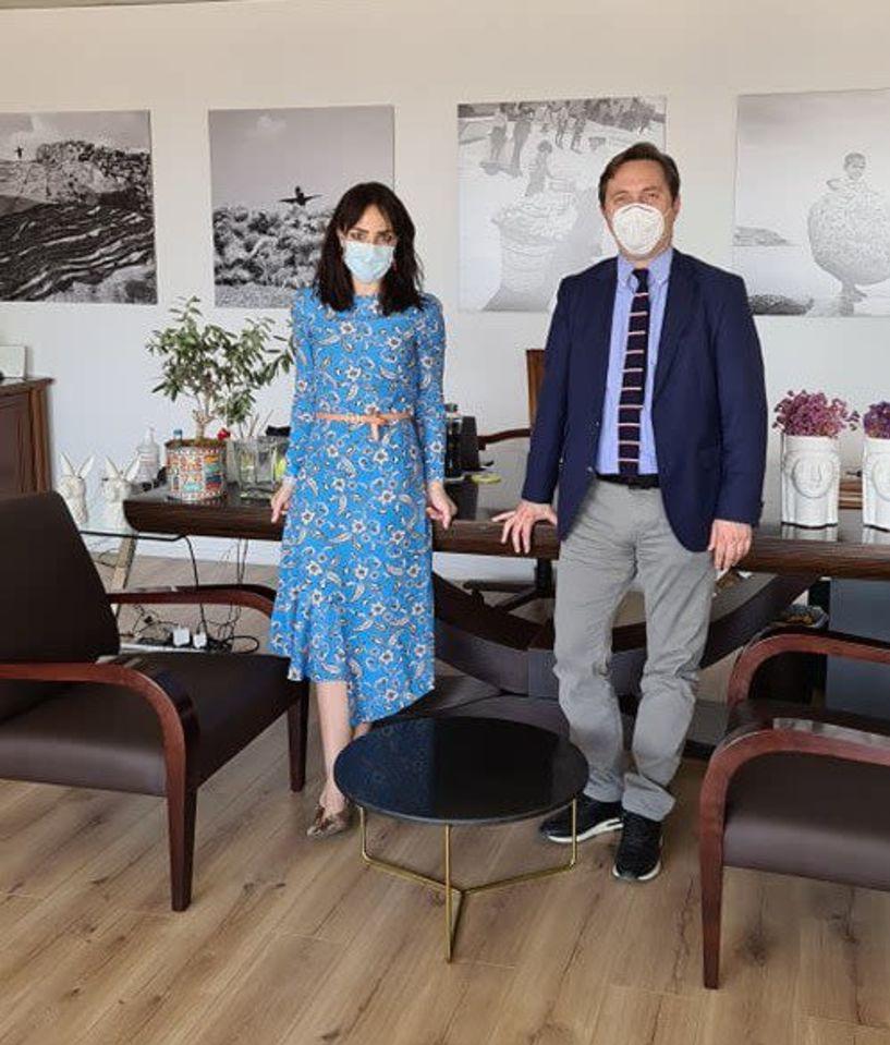 Με την Υφυπουργό Εργασίας και Κοινωνικών Υποθέσεων Δόμνα Μιχαηλίδου, συναντήθηκε στην Αθήνα ο Δήμαρχος Νάουσας Νικόλας Καρανικόλας