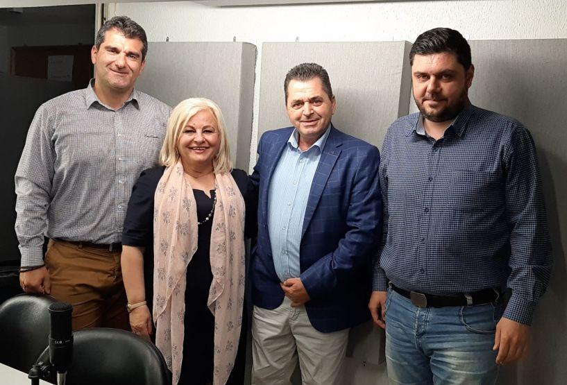 «Λαϊκά και Αιρετικά» (22/4): Συνέντευξη Κ. Καλαϊτζίδη και Γ. Μπατσαρά στην εκπομπή, εγκαίνια εκλογικών κέντρων