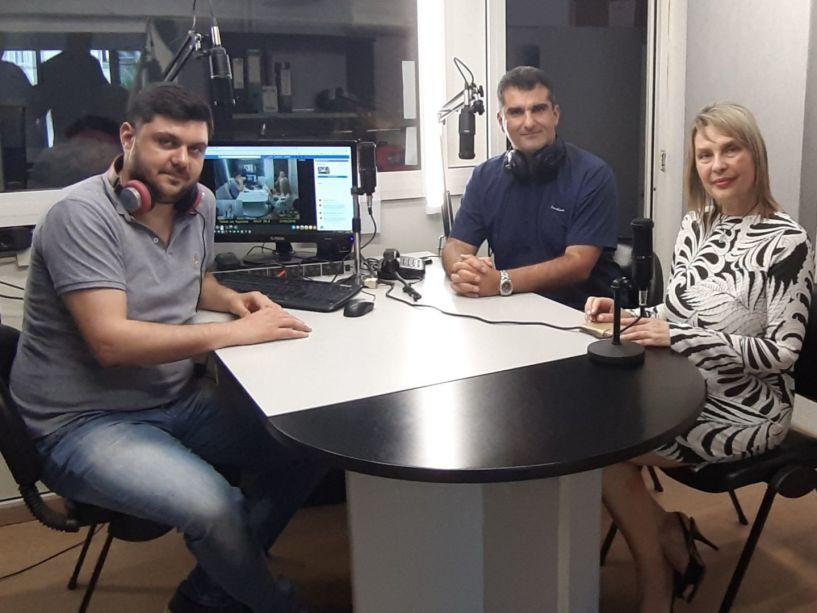 «Λαϊκά και Αιρετικά» (21/5): Ζωντανά στο στούντιο η υφυπουργός Κ. Παπακώστα και οι Στ. Καλπάκης και Β. Κωνσταντινόπουλος