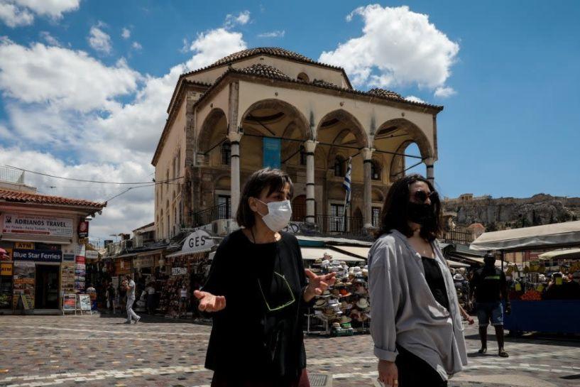 Κορονοϊός: Πλησιάζει το τέλος της μάσκας στους εξωτερικούς χώρους, το χρονοδιάγραμμα για διευκολύνσεις στους εμβολιασμένους