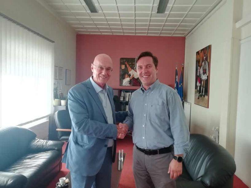 Κυκλική οικονομία και  πράσινη ανάπτυξη στο επίκεντρο της συνάντησης του Δημάρχου Νάουσας κ. Νικόλα Καρανικόλα με τον Διευθυντή επί Τιμή στην Ευρωπαϊκή Επιτροπή κ. Γιώργο Κρεμλή